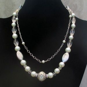 White and Silver Pearl Wedding Necklace